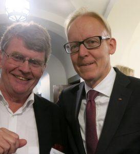 Johan Söderström, till höger, med författaren av dessa rader.